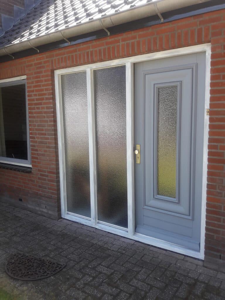 deur met figuurglas